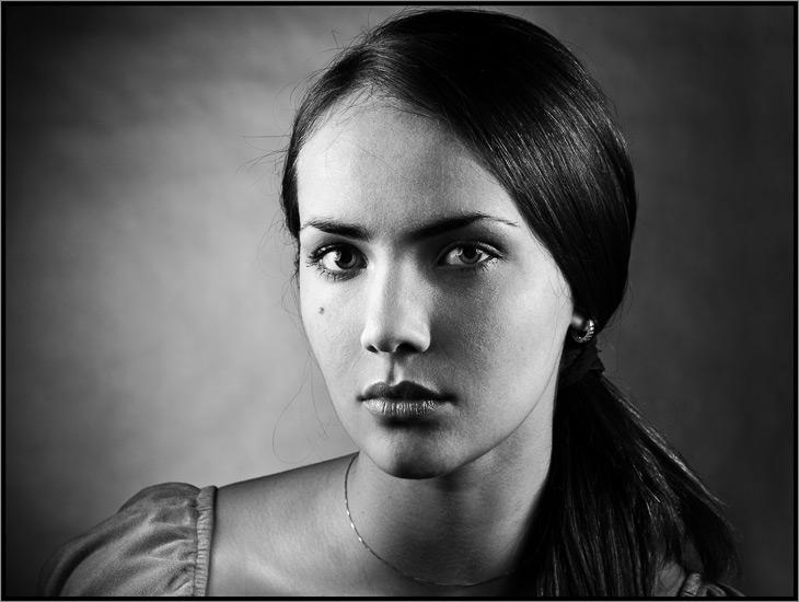 Birthmark   woman, black and white, brunette