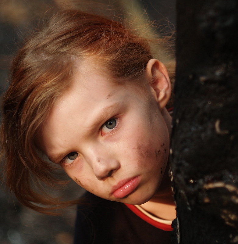 My tree has been burnt yesterday | nature, child, redhead