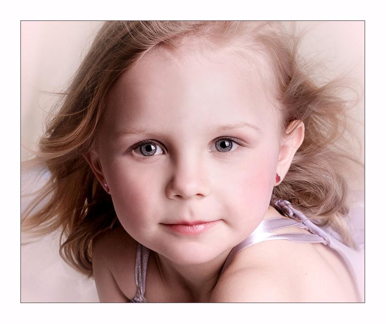 Eveline | blonde, child