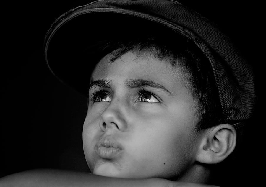 Son black and white emotion child hat
