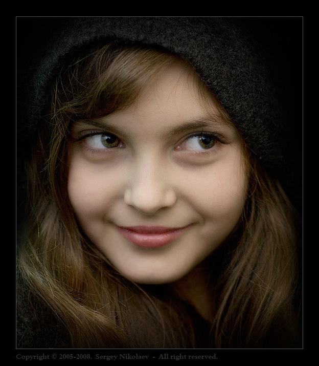 Yana Brodskaya | woman, hair, hood