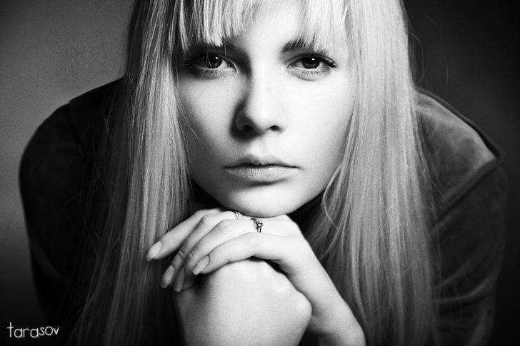 Attention | woman, black and white, blonde