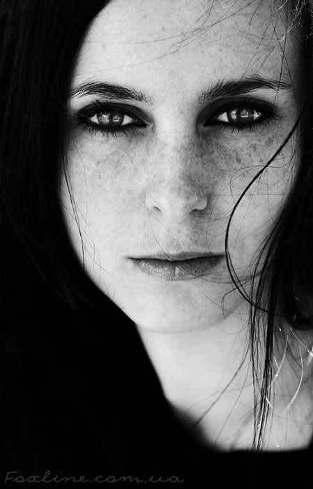 Anna | woman, black and white, brunette, freckles