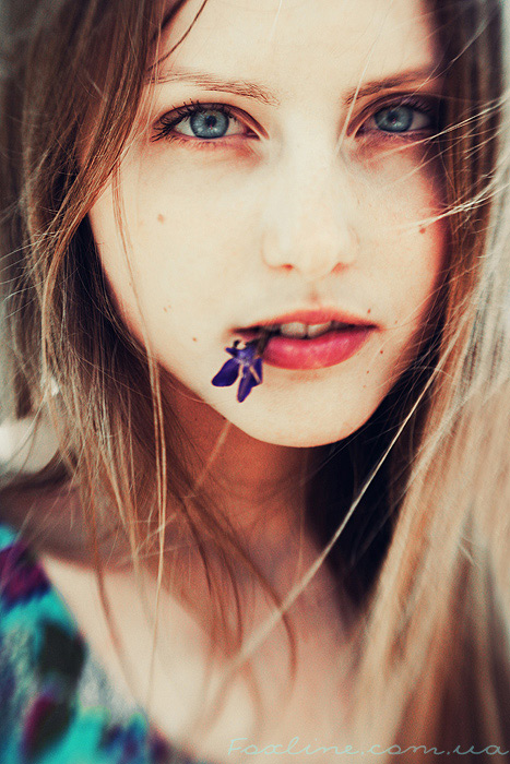 The mood | woman, hair, flower, saturation