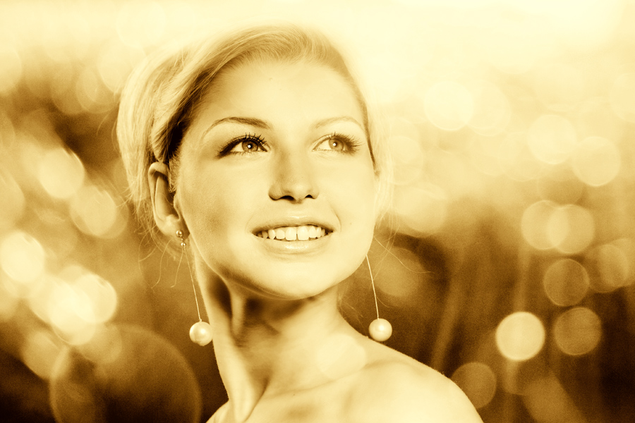 Sunny | woman, blonde, emotion, sepia