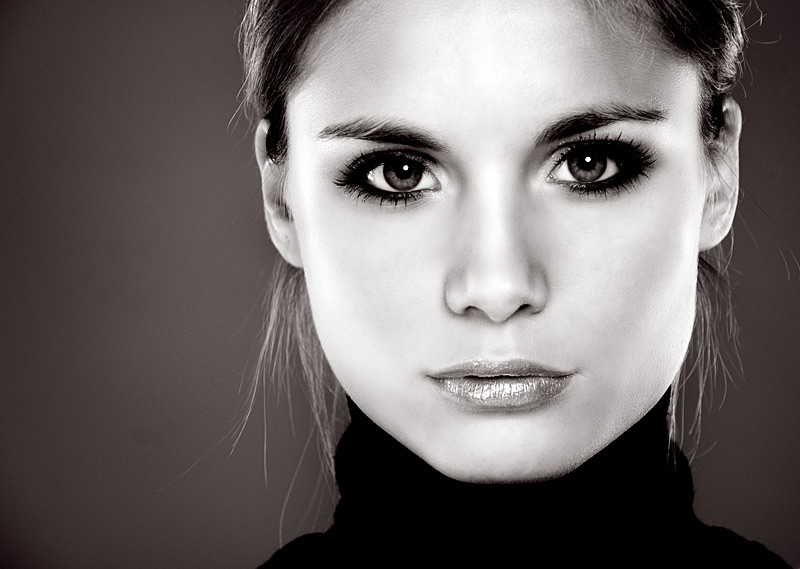 Crisp | woman, black and white