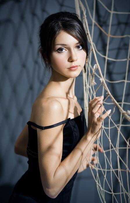 Sailor | woman, hand, brunette