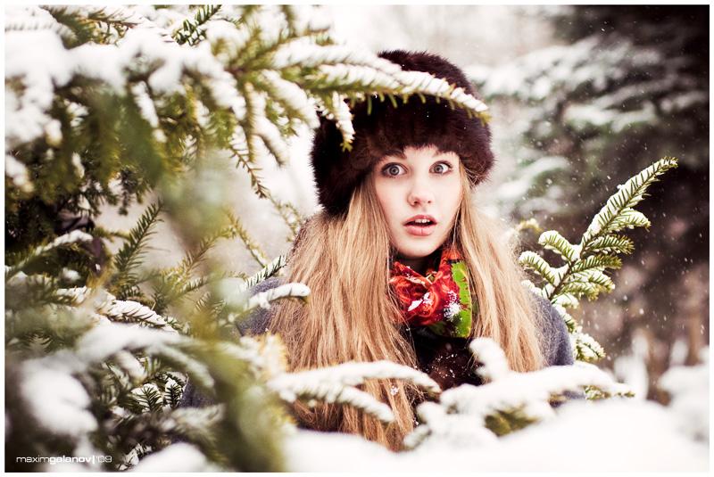 Fur-trees   woman, hat, snow, fur