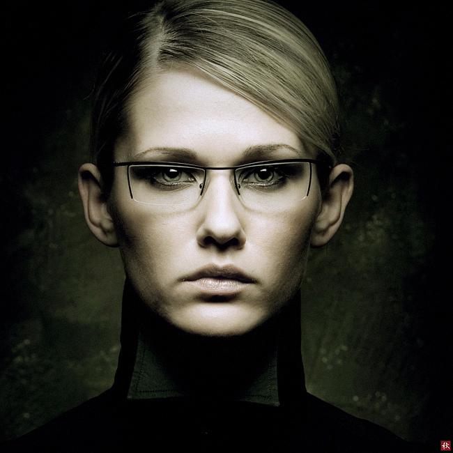 The control   blonde, desaturation, glasses