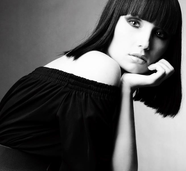 Zhenya   brunette, hand, black and white
