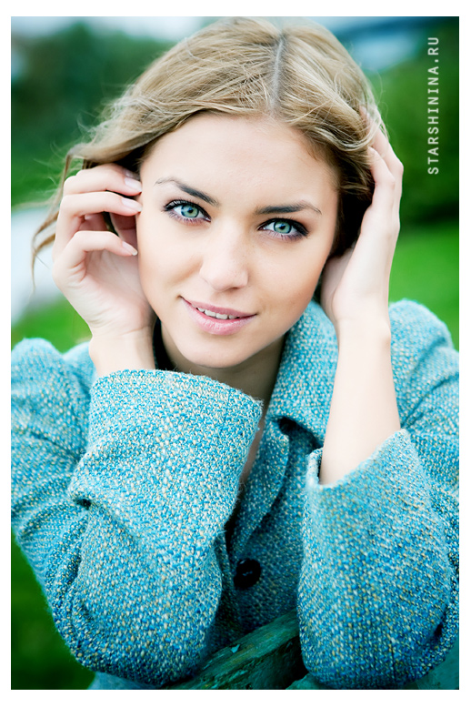 Katya | blonde, blue eyes, nature