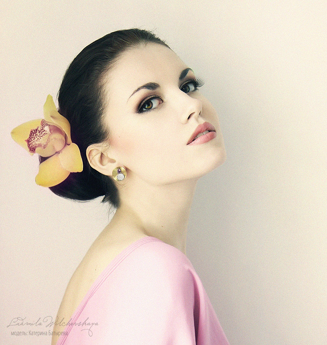 Orchid | brunette, flower