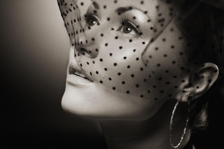 Secret   black and white, veil