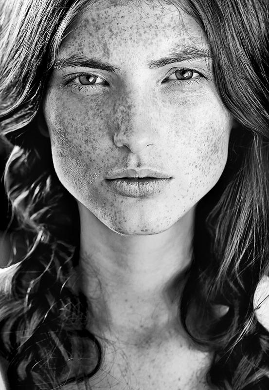 Sculpture | freckles, braids, black and white