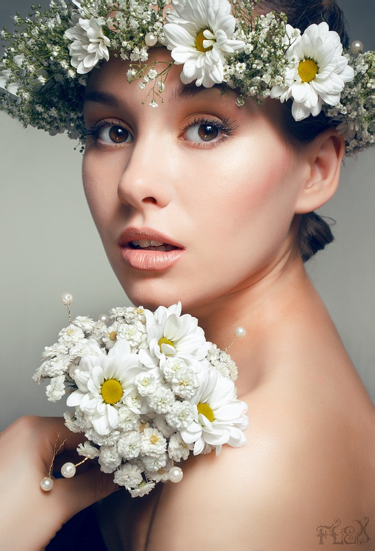 Floral Purity | half-turn, flower, emotion