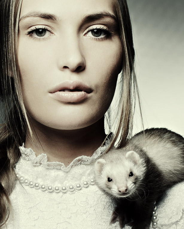 Dame with a stoat | desaturation, animal