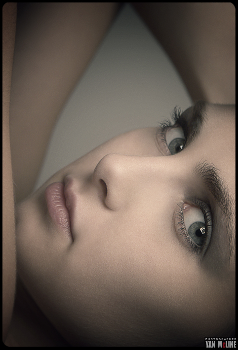 Sinking in your eyes | blue eyes, woman, close-up