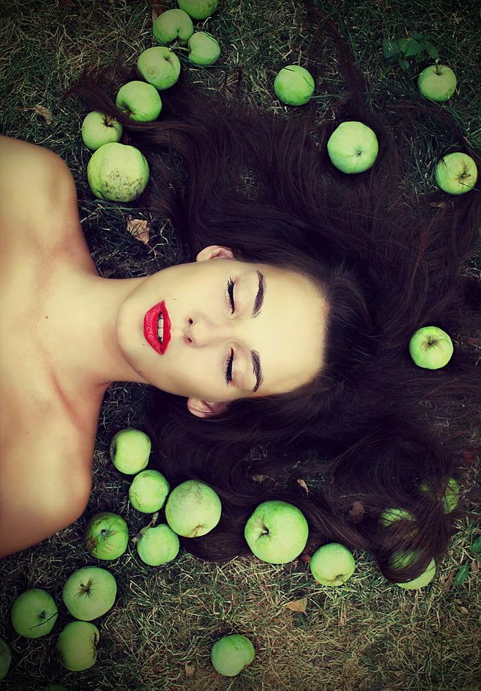 Newton's girl | brunette, hair, nature, apple