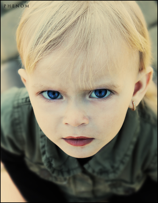 Little but serious | blonde, blue eyes, child, earring