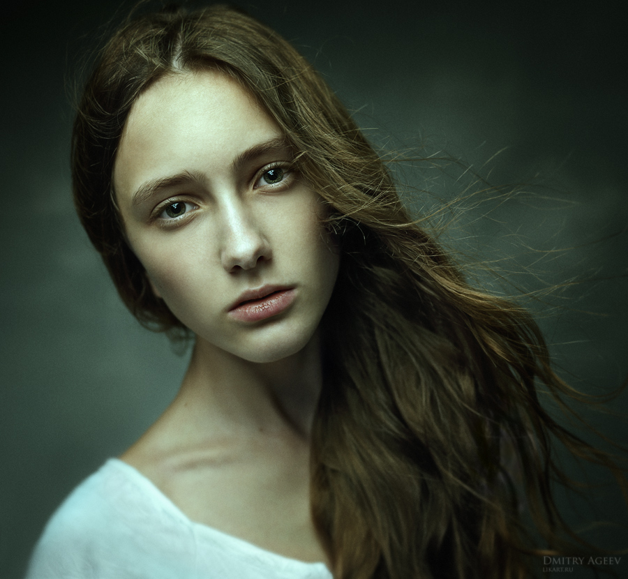 Expressive image | stare, long hair, woman