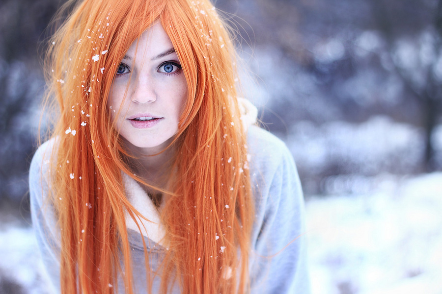 Winter mood | stare, long hair, redhead, snow