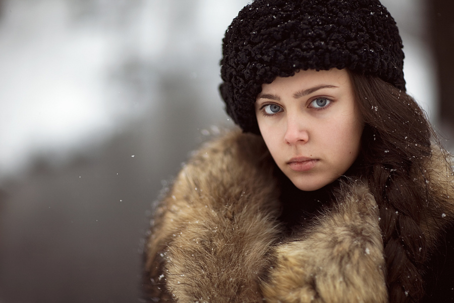 Retro portrait | long hair, braids, snow, winter
