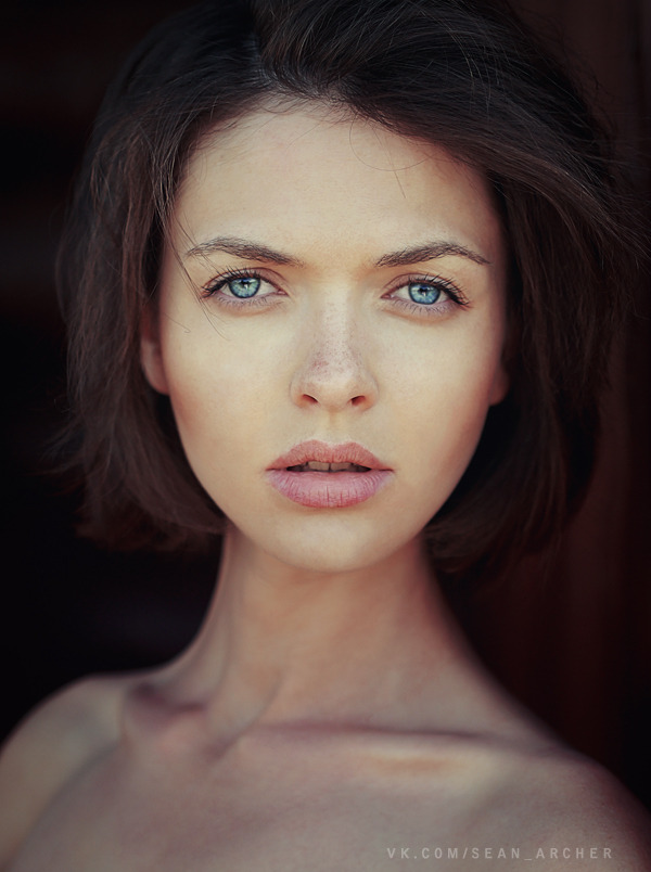 Blue eyes | girl, blue eyes, white skin