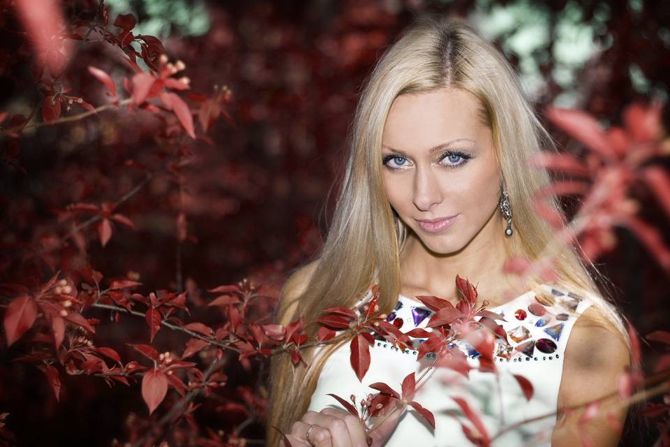 Wish you were here | Girl, blue eyes, red flovers, white dress