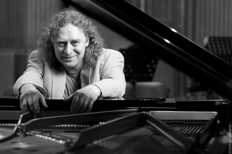 Composer   composer, piano, black & white, man