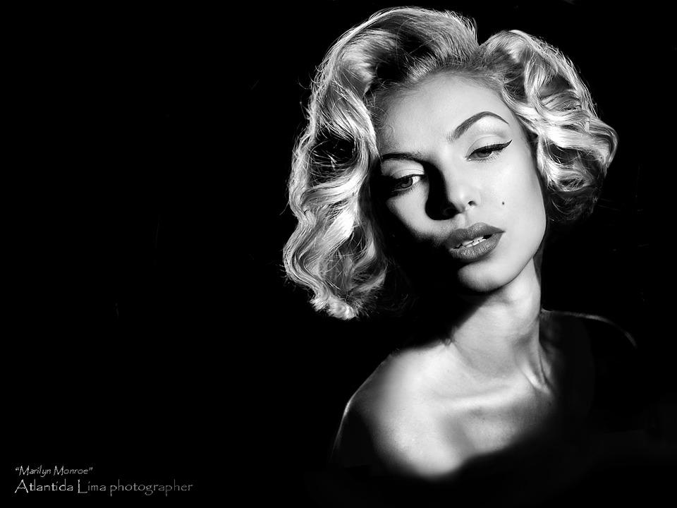 Marilyn style marilyn monroe black white blond girl