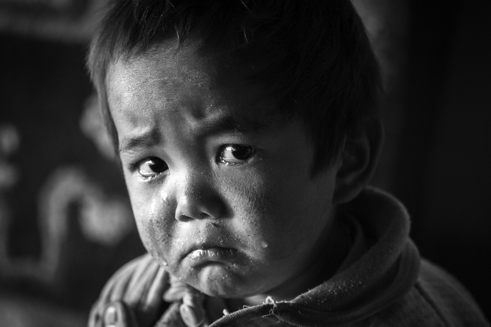 A boy from Tibet | cry, boy, Tibet, black and white