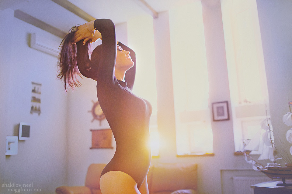 Beautiful brunette in the morning | portrait, model, girl, room, body, black, sunshine, long hair, brunette, morning
