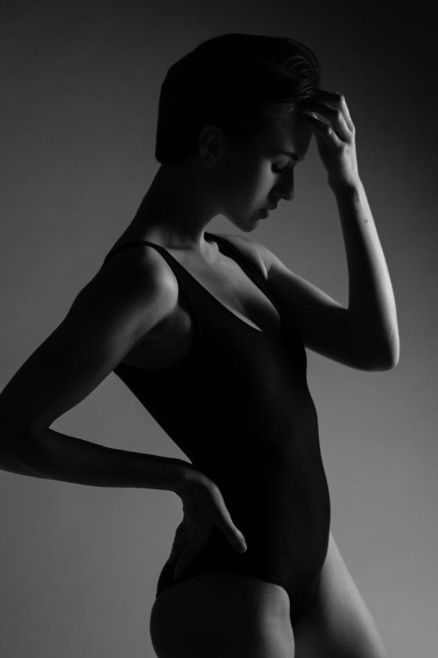 Girl with lean body in black swimsuit | portrait, model, short hair, girl, black, swimsuit, athlete, black & white, dark, lean body