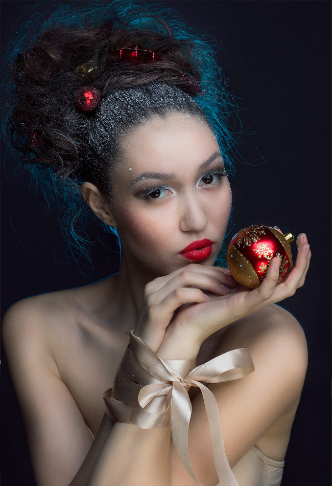 Girl with blue hair | blue hair, new year, red lipstick, toy