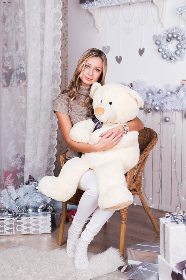 Cutie hugging teddy bears | teddy bear, cutie, stockings, new tyaer