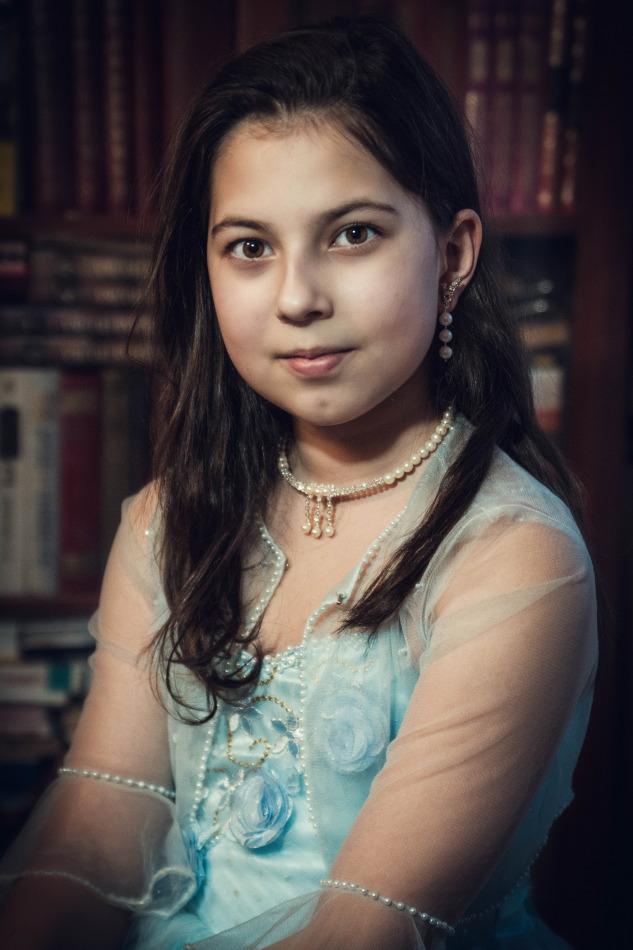 Cute girl in blue dress | portrait, girl, model, cute, brunette, long-haired, blue dress, necklace