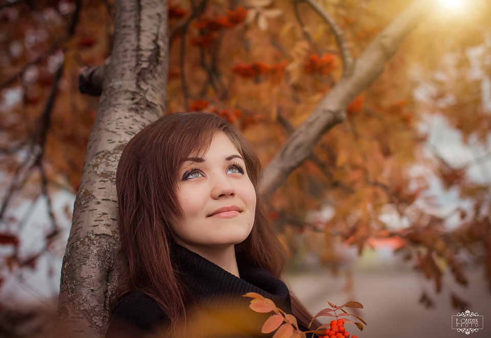 Autumn photoshoot of a happy girl  | happy, girl, autumn, park