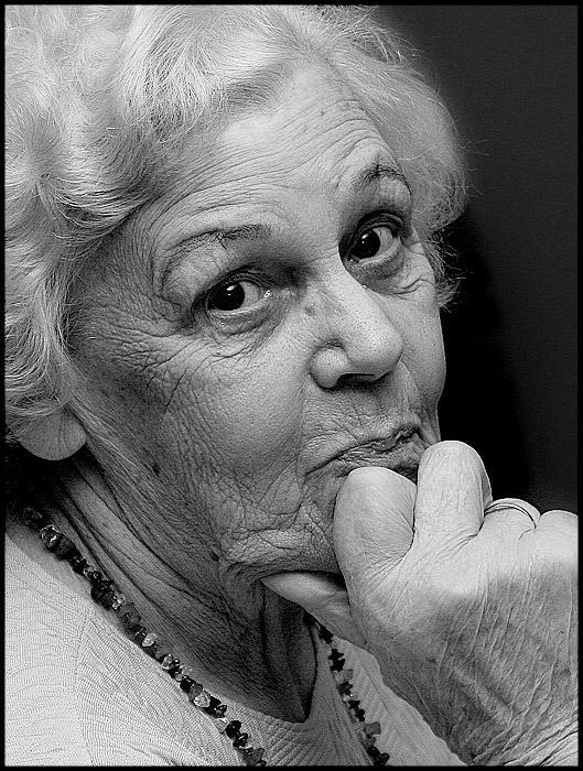 Velta   woman, black and white, hand