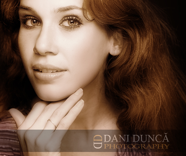 Laura | woman, portrait, elegant, glamour, beauty, beautiful